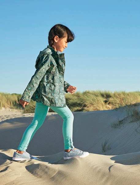"""Maedchenkleidung-Lookbook-Outfit """"Strandspaziergang"""""""