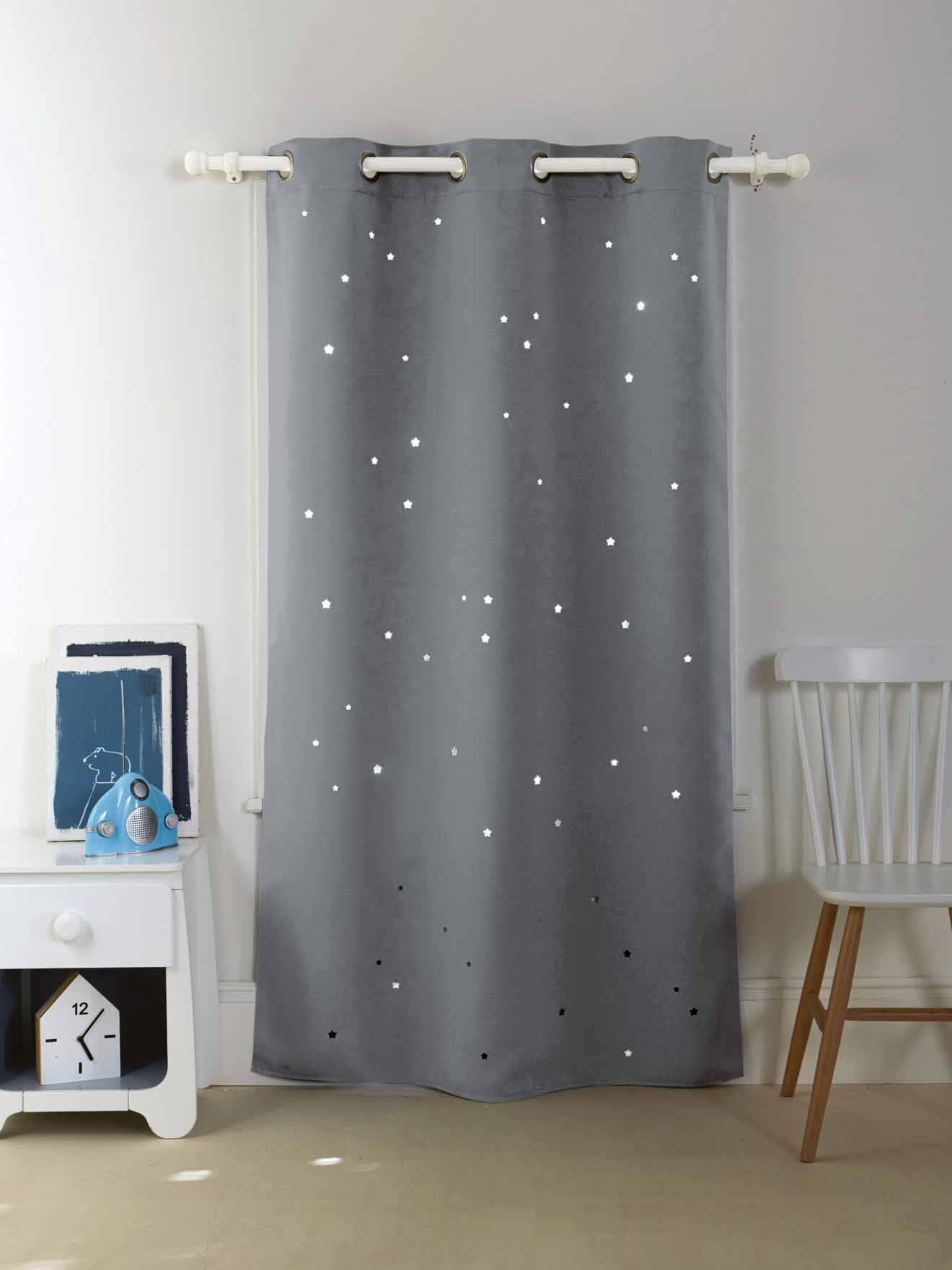 Kinderzimmer sterne blau  Vertbaudet Verdunkelungsvorhang mit ausgestanzten Sternen in blau