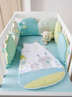 babybettumrandung-aus-reiner-baumwolle-hellgrun-einfarbig-mit-app-gro-e-180x30-von-vertbaudet