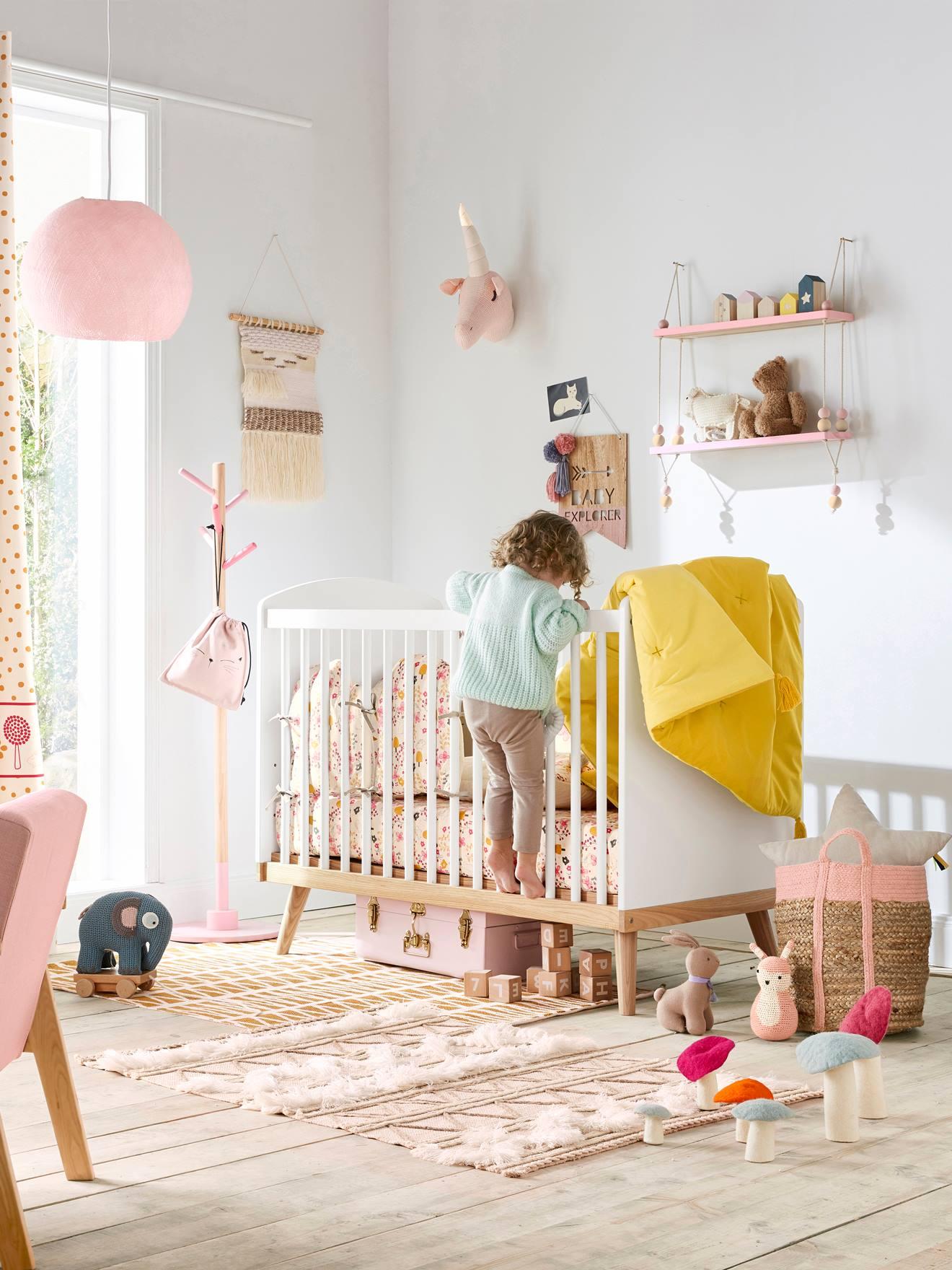 Kinderzimmer Deko Wimpel, Holz   Natur/rosa   2