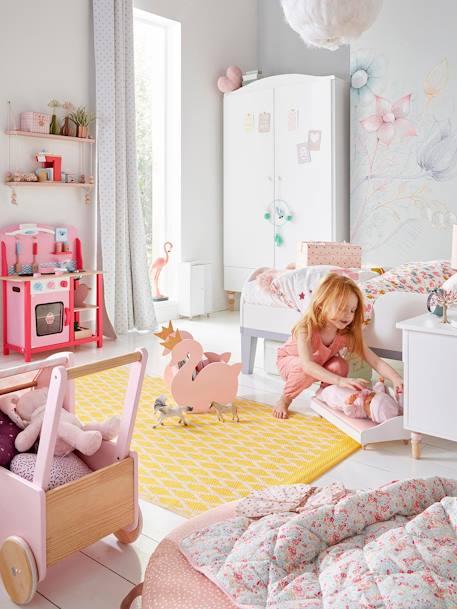 vertbaudet metallkoffer f r kinderzimmer in rosa. Black Bedroom Furniture Sets. Home Design Ideas